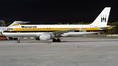 G-OZBA - Airbus A320-211 - Monarch Airlines