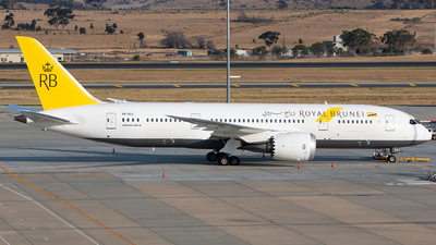 V8-DLC - Boeing 787-8 Dreamliner - Royal Brunei Airlines