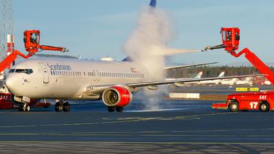 LN-RRT - Boeing 737-883 - Scandinavian Airlines (SAS)