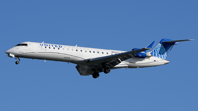 A picture of N503GJ - Mitsubishi CRJ550 - United Airlines - © Andrew Mauro