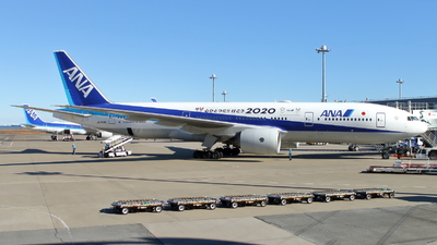 A picture of JA744A - Boeing 777281(ER) - All Nippon Airways - © kouyagi