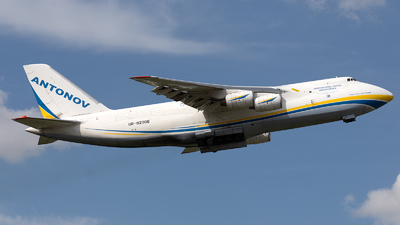 A picture of UR82008 - Antonov An124100M Ruslan - Antonov Design Bureau - © PM