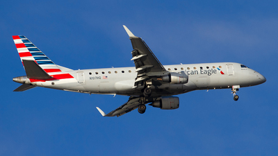 A picture of N107HQ - Embraer E175LR - American Airlines - © Jeremy D. Dando