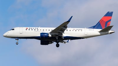 A picture of N230JQ - Embraer E175LR - Delta Air Lines - © Evan Dougherty
