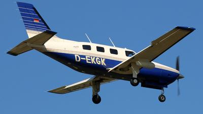 D-EKGK - Piper PA-46-350P Malibu Mirage - Motorflugschule Egelsbach