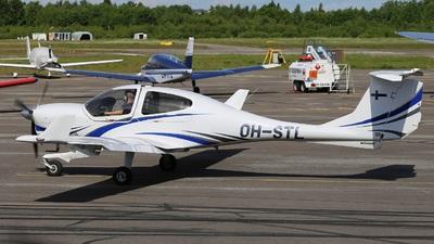 OH-STL - Diamond DA-40D Diamond Star TDI - Malmin Ilmailukerho