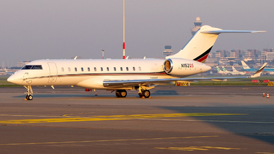 N152QS - Bombardier BD-700-1A10 Global 6000 - NetJets Aviation