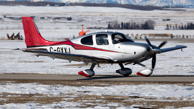 A picture of CGXXJ -  - [] - © Mike MacKinnon