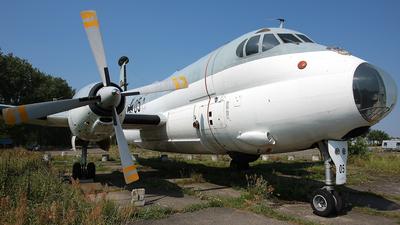 61-05 - Breguet 1150 Atlantic - Germany - Navy