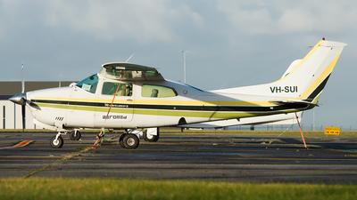 VH-SUI - Cessna 210N Centurion II - Aeromed