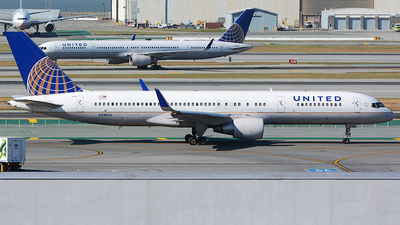 N518UA - Boeing 757-222 - United Airlines