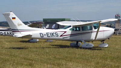 D-EIKS - Reims-Cessna F182Q Skylane II - Private