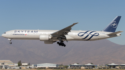 F-GZNT - Boeing 777-328ER - Air France
