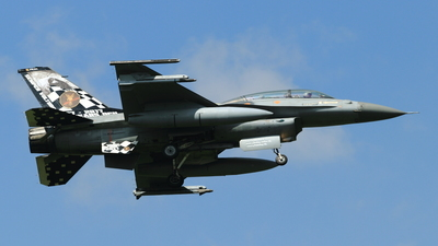 FB-24 - General Dynamics F-16BM Fighting Falcon - Belgium - Air Force