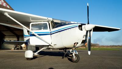 OO-STY - Cessna 172N Skyhawk - Private
