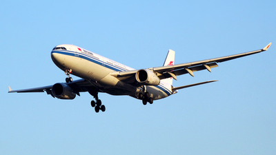 B-6503 - Airbus A330-343 - Air China