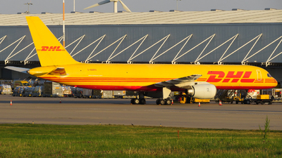 A picture of GBMRA - Boeing 757236(SF) - DHL - © m1dlands_aviation_