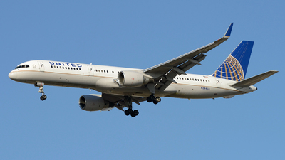 A picture of N544UA - Boeing 757222 - Boeing - © FOKKER AIRCRAFT