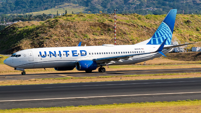 A picture of N14249 - Boeing 737824 - United Airlines - © Alfredo La Red