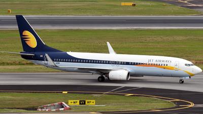 VT-JGR - Boeing 737-85R - Jet Airways