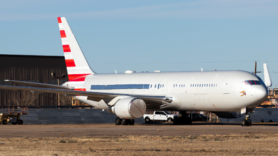 N384AA - Boeing 767-323(ER) - Untitled