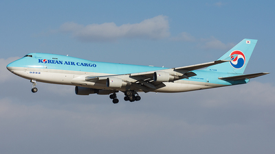 HL7439 - Boeing 747-4B5ERF - Korean Air Cargo