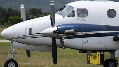 LV-CHW - Beechcraft B200GT Super King Air - Private