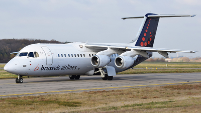 OO-DWE - British Aerospace Avro RJ100 - Brussels Airlines