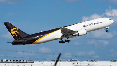 N371UP - Boeing 767-300F(ER) - United Parcel Service (UPS)