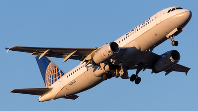 A picture of N454UA - Airbus A320232 - United Airlines - © Positive Rate Photography