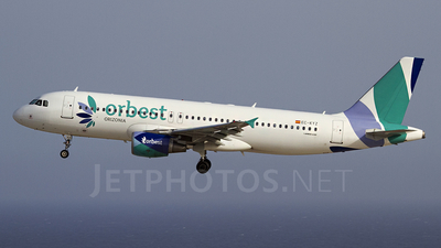EC-KYZ - Airbus A320-214 - Orbest Orizonia Airlines