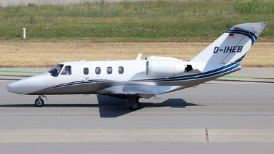 D-IHEB - Cessna 525 CitationJet 1 - Silver Cloud Air