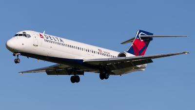 N940AT - Boeing 717-2BD - Delta Air Lines