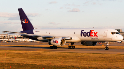 N966FD - Boeing 757-204(SF) - FedEx