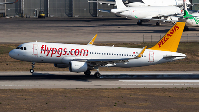 A picture of TCDCL - Airbus A320214 - Pegasus Airlines - © Emre Tanrivermis