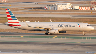 A picture of N160AN - Airbus A321231 - American Airlines - © global_flyer1