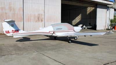 HA-DAW - Diamond DA-40 Diamond Star XLS - Private