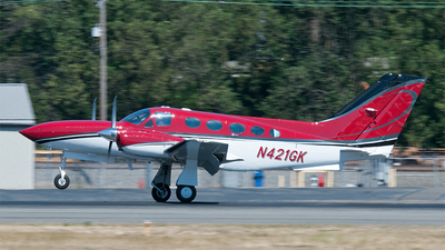 A picture of N421GK - Cessna 421C Golden Eagle - [421C1053] - © Nick Michaud