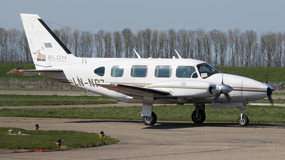 LN-NPZ - Piper PA-31-310 Navajo C - Private