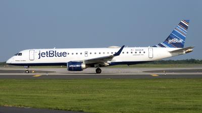 A picture of N334JB - Embraer E190AR - JetBlue Airways - © Mark Szemberski