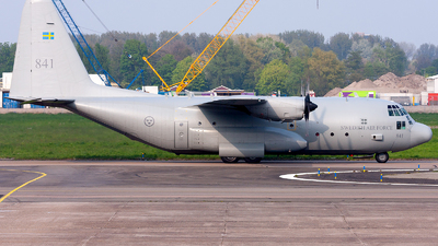 84001 - Lockheed Tp84 Hercules - Sweden - Air Force