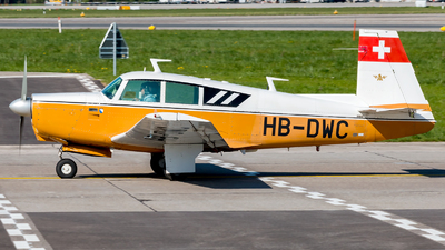 HB-DWC - Mooney M20C - Private