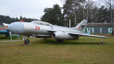 20 - Yakovlev Yak-25 Mandrake - Soviet Union - Air Force