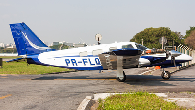 PR-FLQ - Piper PA-34-220T Seneca V - Private