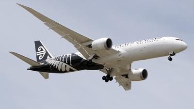 ZK-NZN - Boeing 787-9 Dreamliner - Air New Zealand