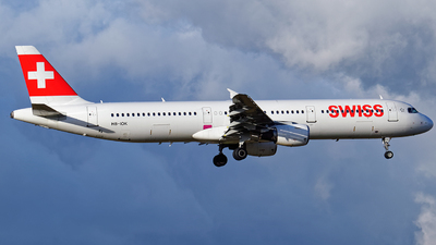 A picture of HBIOK - Airbus A321111 - Swiss - © Tim Mulder
