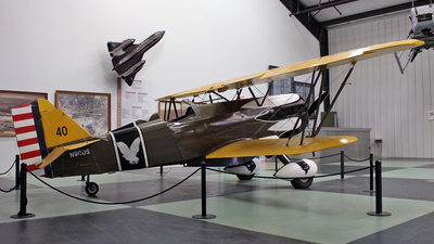 N90DS - Curtiss P-6E Hawk - Private