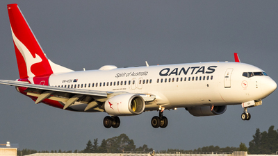 A picture of VHVZH - Boeing 737838 - Qantas - © braedynking