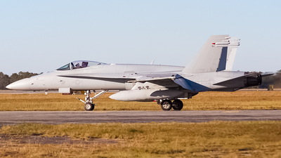 165177 - McDonnell Douglas F/A-18C Hornet - United States - US Marine Corps (USMC)