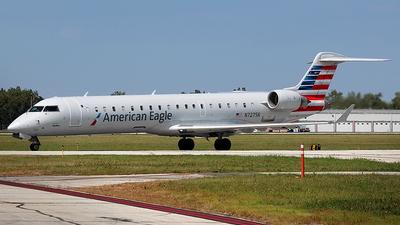 N727SK - Bombardier CRJ-701ER - American Eagle (SkyWest Airlines)